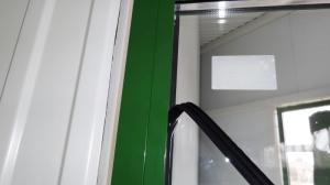 установка уплотнительной резины алюминиевых конструкций
